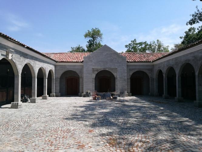 Rénovation de château : étables 2