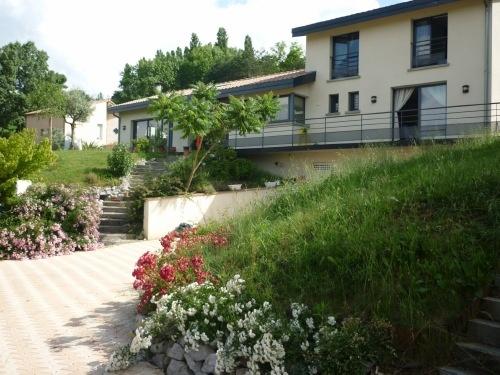 Maison à Lacroix-Falgarde