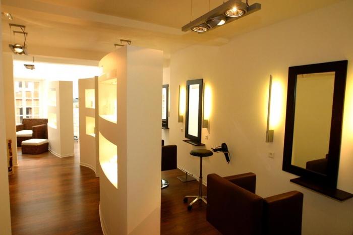 AMÉNAGEMENT-Salon de coiffure et centre de beauté (réalisé)