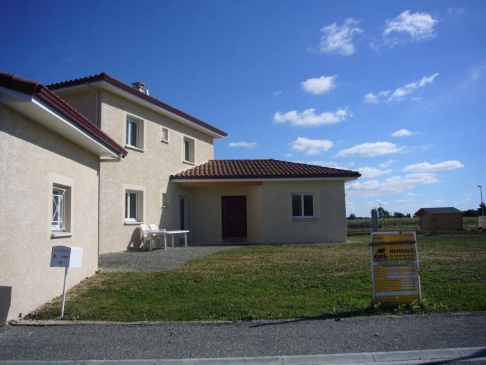 Maison bioclimatique L (65)