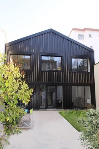 Transformation d'un atelier en loft à Toulouse : loft snaky vue de jour