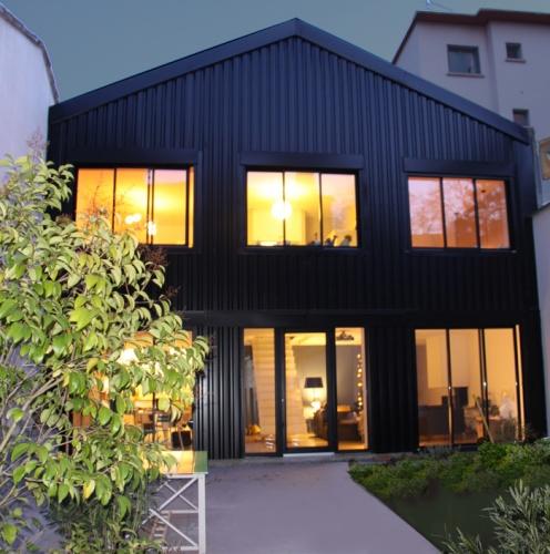Transformation d'un atelier en loft à Toulouse