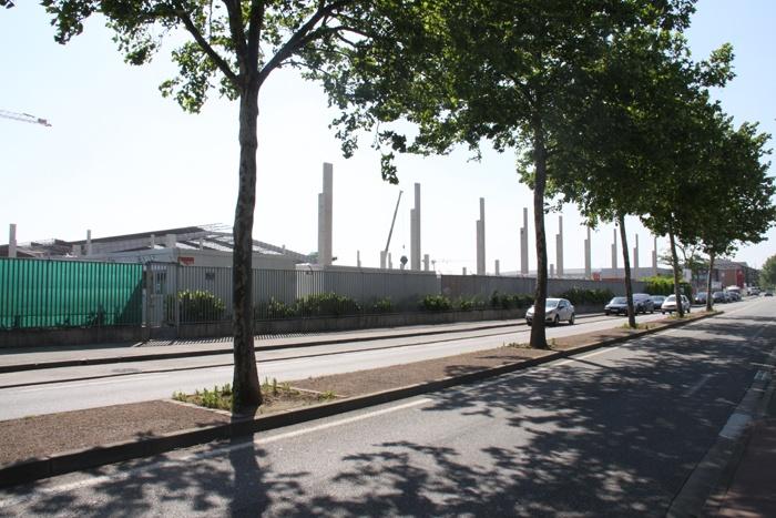 Facade Avenue des EU 06052011.jpg