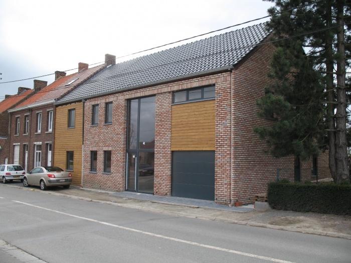 Construction d'une maison individuelle de type T3 + un appartement de type T4