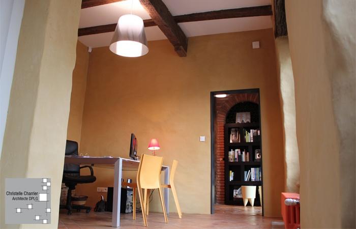 Architecte christelle charrier sainte foy de peyroli res for Formation renovation interieur