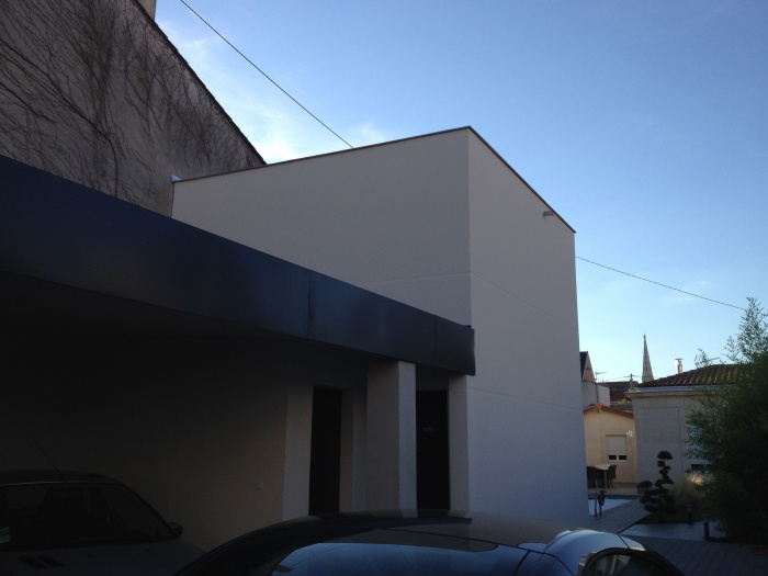 Petit Loft Piscine avec abris garage attenant : IMG_1643.jpg