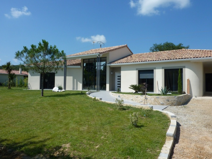 Maison contemporaine toulouse une r alisation de for Construction maison contemporaine var