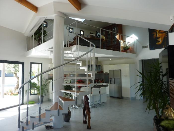 maison contemporaine : CUIS-MEZ.JPG