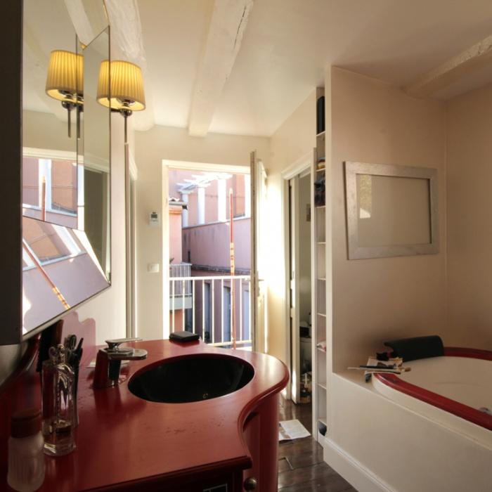 Appartement G : salle de bain
