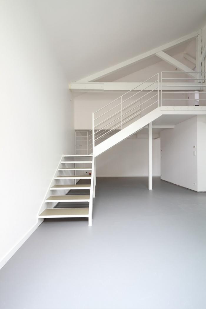RÉNOVATION-d'un batiment industriel en appartements : 130426_Sandra_rue SCHUBERT016 copy