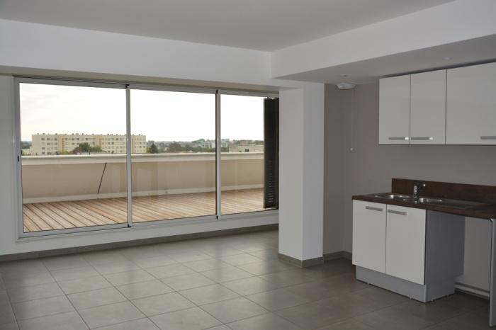 Réhabilitation d'un immeuble de bureaux et création de 30 logements : phobdx_f.JPG