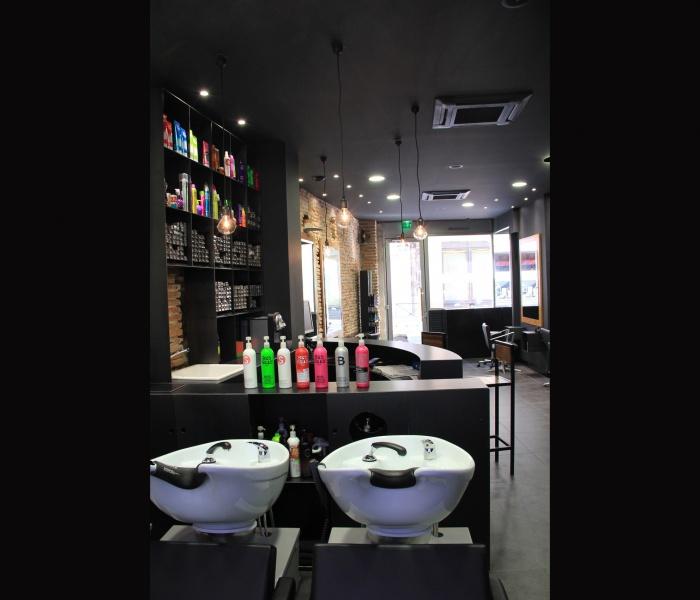 Architectes r novation d 39 un salon de for Salon de coiffure toulouse
