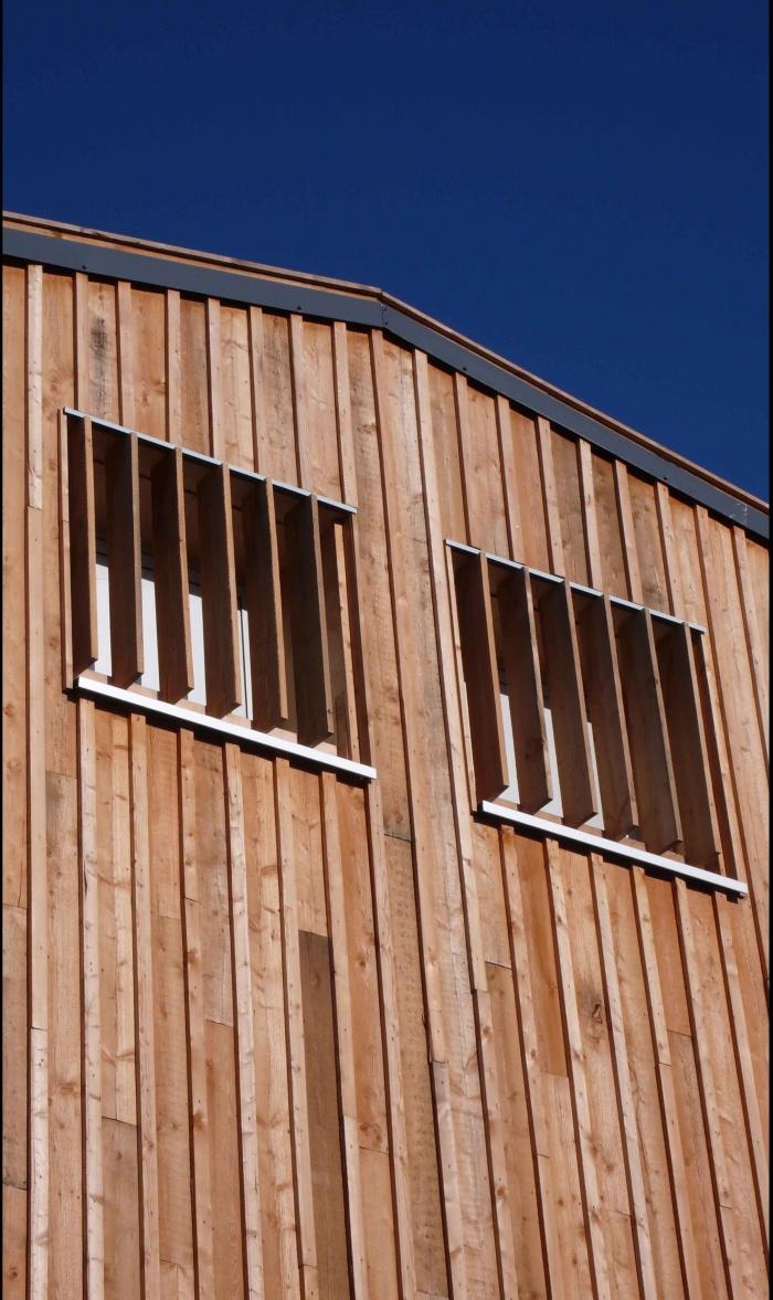 Réhabilitation des thermes d'Encausse en lieu de résidence pour les arts publics : 10Détail façade SUD