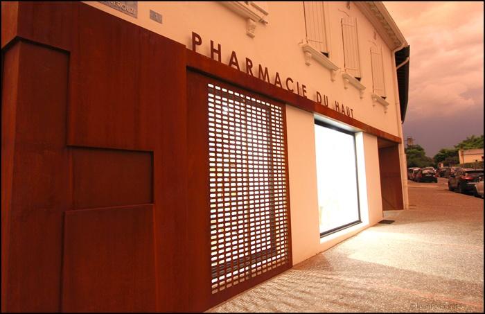 Pharmacie du Haut (1).jpg