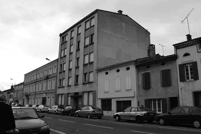 Transformation d 39 un b timent de bureaux en r sidence for Architecte albi