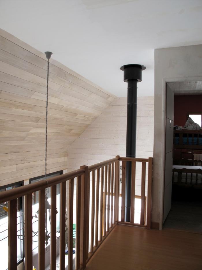 Maison N : mezzanine vers chambre 3