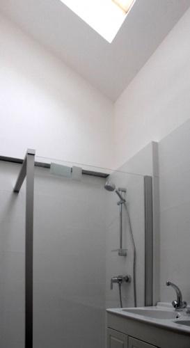 Maison R : salle de bain