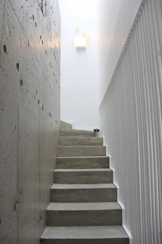 Maison contemporaine (3).JPG