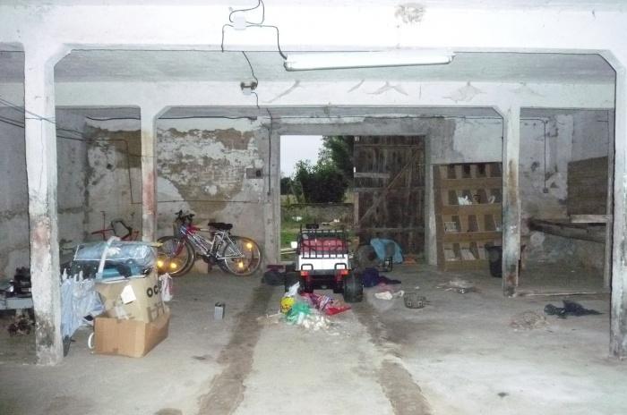 Rénovation d'une grange : Exisatnt intérieur 2.jpeg