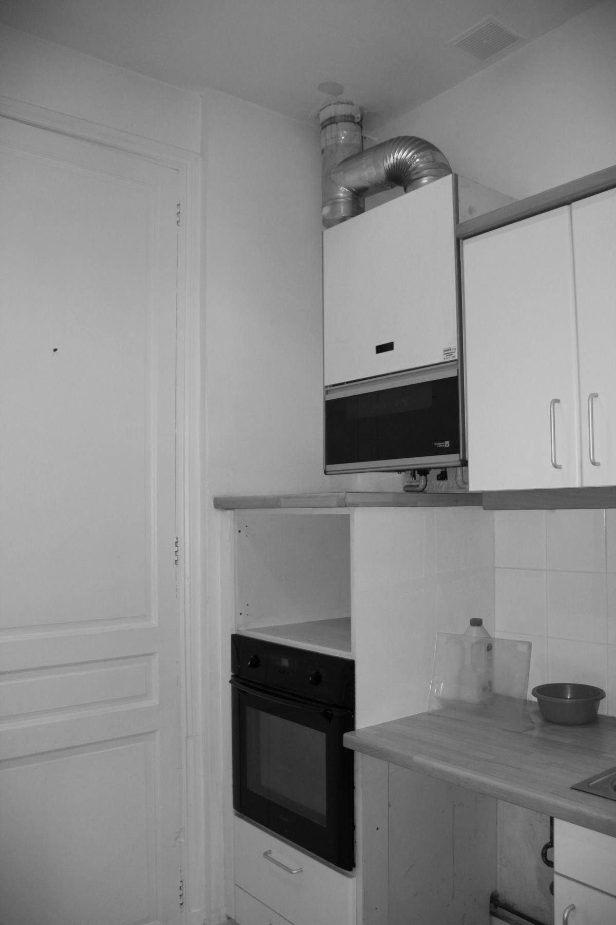 Rénovation d'un appartement 19ème et création d'un duplex : cuisine avant