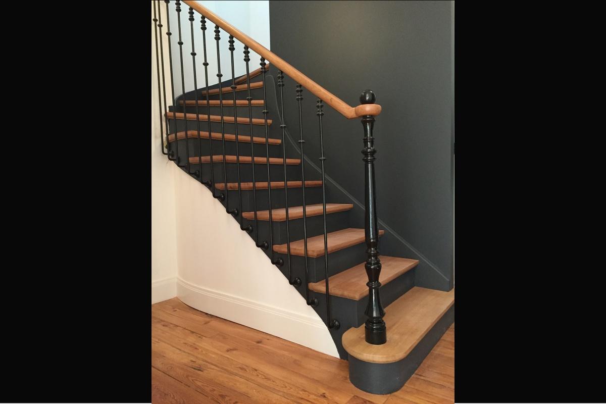 Rénovation d'un appartement 19ème et création d'un duplex : escalier