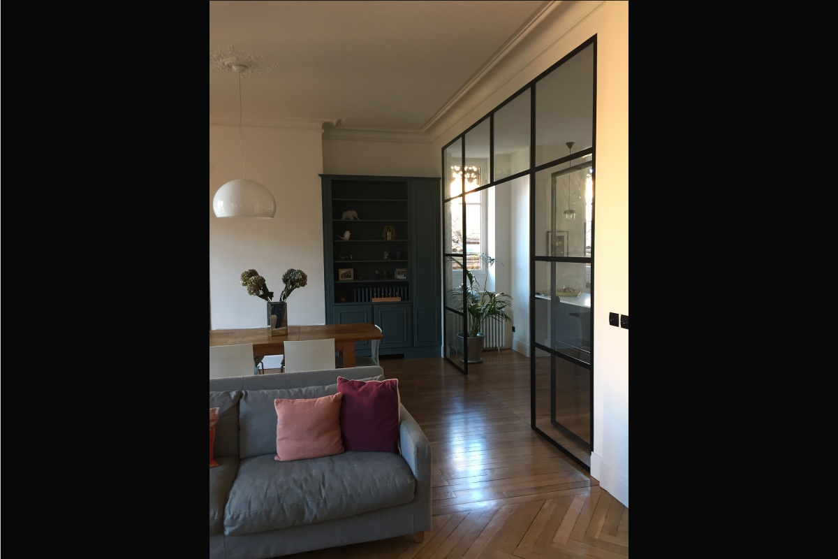 Rénovation d'un appartement 19ème et création d'un duplex : salon vers cuisine